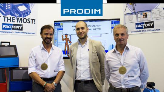Prodim celebrating with Italian dealer Tecnovati