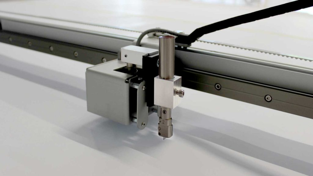 Image of the Prodim Plotter with cutting option displaying the knife holder and drag knife